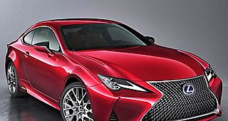 Lexus renueva su berlina coupé RC 300h