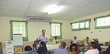 Primer seminario teórico práctico de mejoramiento apícola