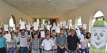 ANATI entrega títulos de propiedad a productores de Veraguas