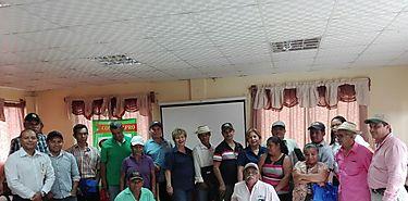 Conversatorio con productores de frijoles en Veraguas