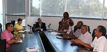 Cebolleros se reúnen con presidente de la Comisión de Asuntos Agropecuarios