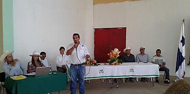 Productores de Veraguas participan de congreso ganadero en Sona