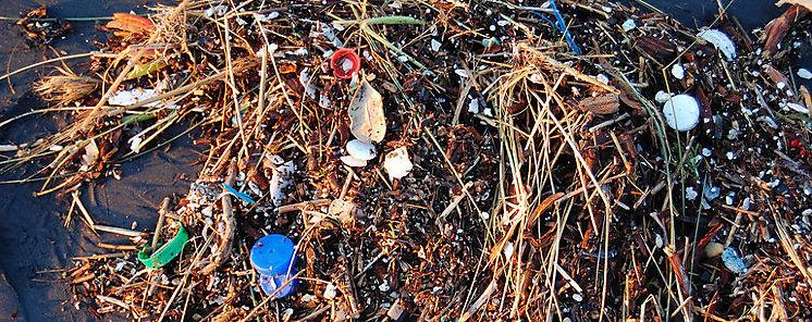 Un mar asfixiado por la basura