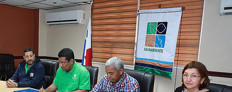 MiAMBIENTE y Técnicos Forestales Firman Convenio de Cooperación