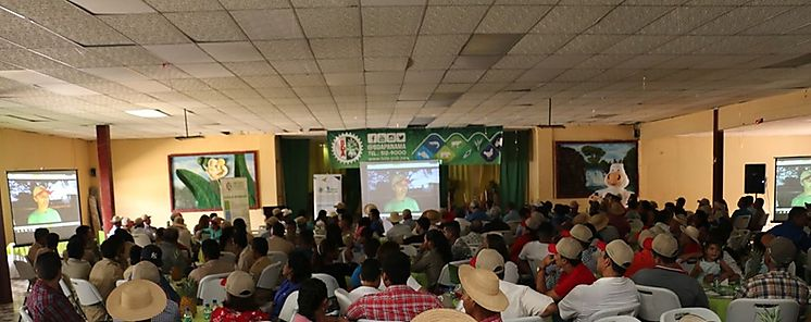 BDA capacita a productores en La Chorrera