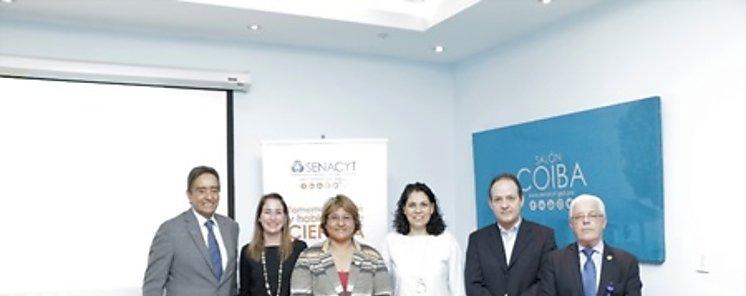 Investigadores del ICGES y del INDICASAT AIP exponen los resultados de sus estudios sobre leishmaniasis en el Café Científico de la SENACYT