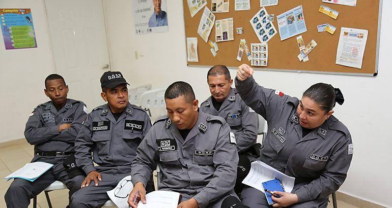 Funcionarios son capacitados en nuevo sistema de for Ley penitenciaria