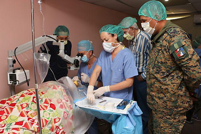 Jornada de cirugías oculares de médicos estadounidenses ... - PanamaOn